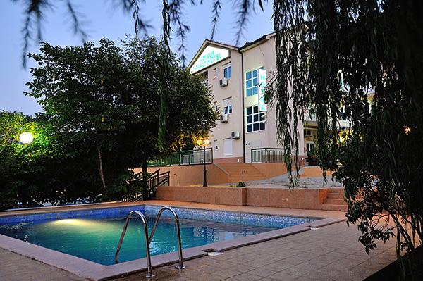 HOTEL AMICUS